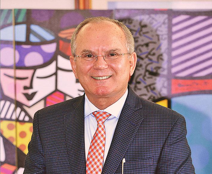 Dr. Eleazar Ferreira